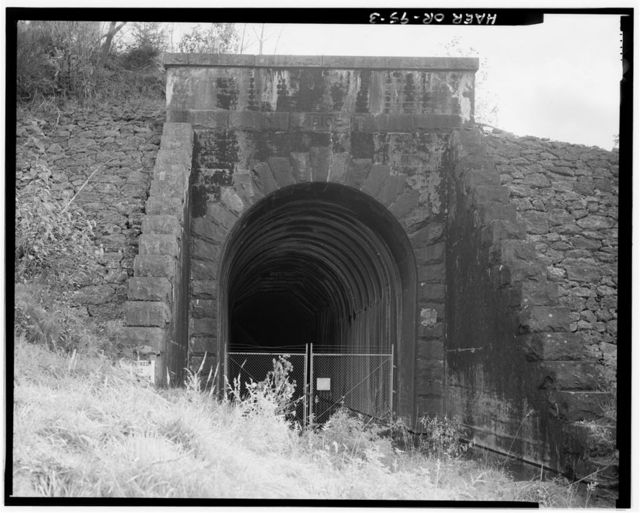 Southern Pacific Railroad Natron Cutoff, Tunnel 23, Milepost 584.5, Westfir, Lane County, OR