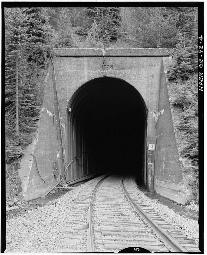 Southern Pacific Railroad Natron Cutoff, Tunnel 3, Milepost 537.77, Odell Lake, Klamath County, OR