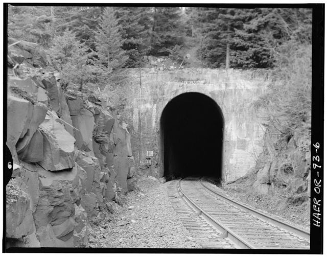 Southern Pacific Railroad Natron Cutoff, Tunnel 5, Milepost 545.2, McCredie Springs, Lane County, OR