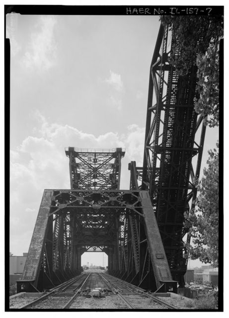 St. Charles Air Line Bridge, Spanning South Branch of Chicago River, north of Sixteenth Street, Chicago, Cook County, IL