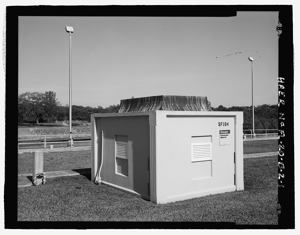 St  Lucie Canal, Lock No  2, Control House, St  Lucie, Cross