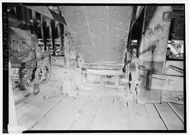 Standard Gold Mill, East of Bodie Creek, Northeast of Bodie, Bodie, Mono County, CA