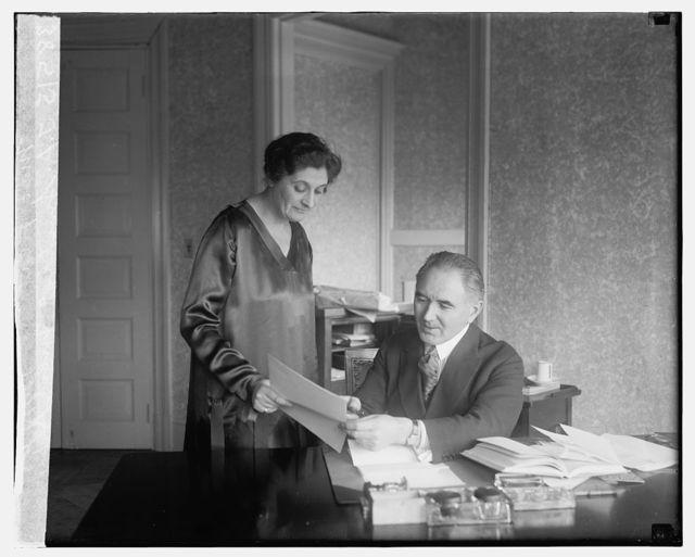 T.A. Smiddy & Mrs. A.L. MacFlat, 12/1/25