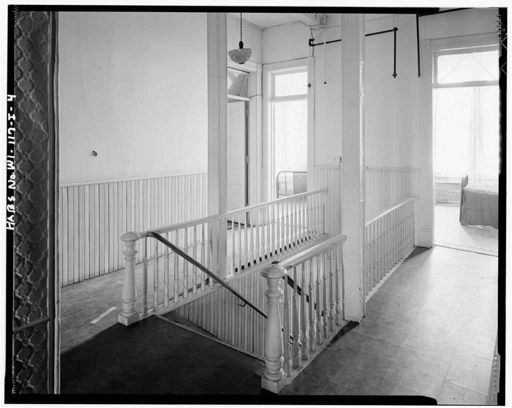 Third Street Historic District, Miller Hotel, 217-221 Third Street, Wausau, Marathon County, WI