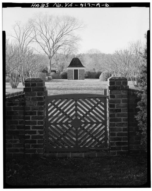 Toddsbury, Outbuildings & Gardens, Vicinity of State Routes 622 & 3-14 Intersection, Nuttall, Gloucester County, VA