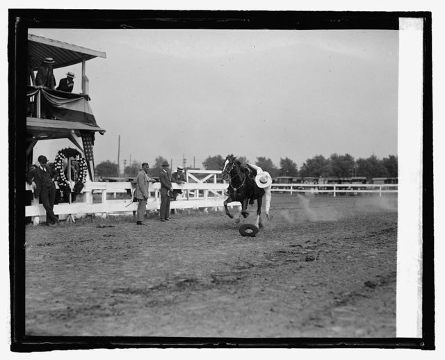 Tom Mix at horse show, 5/21/25