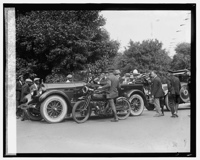 Tom Mix being arrested for speeding, 5/21/25