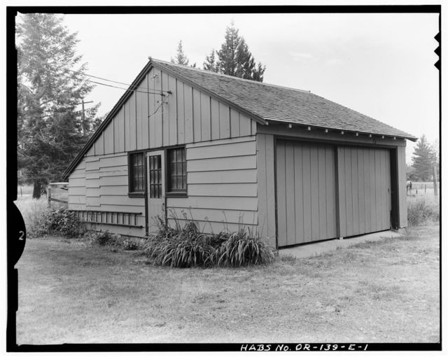 Union Ranger District Compound, Garage-Guard Residence, Fronting State Highway 203, at West edge of Union, Union, Union County, OR