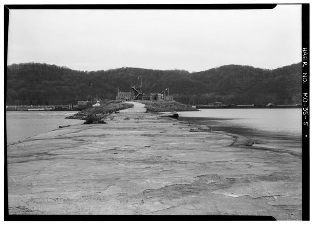 Upper Mississippi River Nine-Foot Channel Project, Lock & Dam Complex No. 22, Upper Mississippi River, Saverton, Ralls County, MO