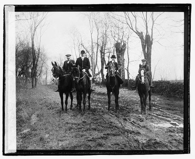 Upperville fox hunt, Waugh, Glascock, & Mrs. Chas. Rumsey, 1/3/21