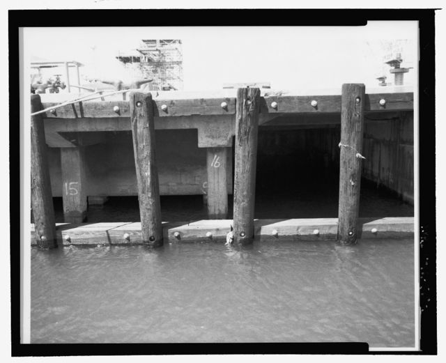 U.S. Naval Base, Pearl Harbor, Dry Dock No. 4, East & West Quay Walls, East & west sides of Dry Dock No. 4, Pearl City, Honolulu County, HI