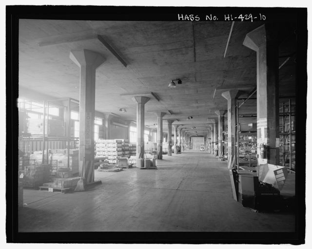 U.S. Naval Base, Pearl Harbor, Two-Story Storehouses with Ramps, Port Royal Street between Central and South Avenues, Pearl City, Honolulu County, HI