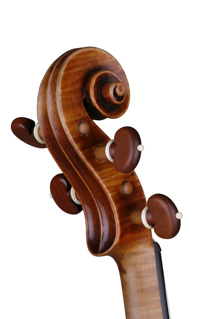 [ Vuillaume violin : strung scroll and pegbox, back right]