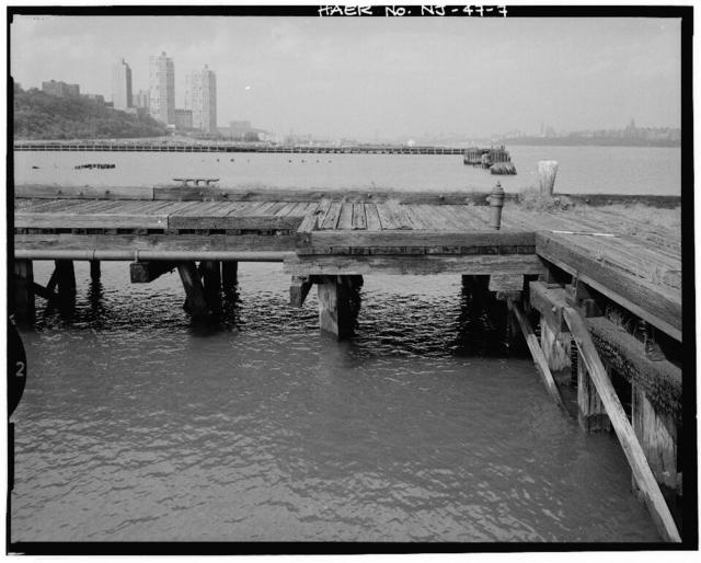 West Shore Railroad, Pier 7 Grain Elevator, Hudson River & Pershing Road vicinity, West New York, Hudson County, NJ