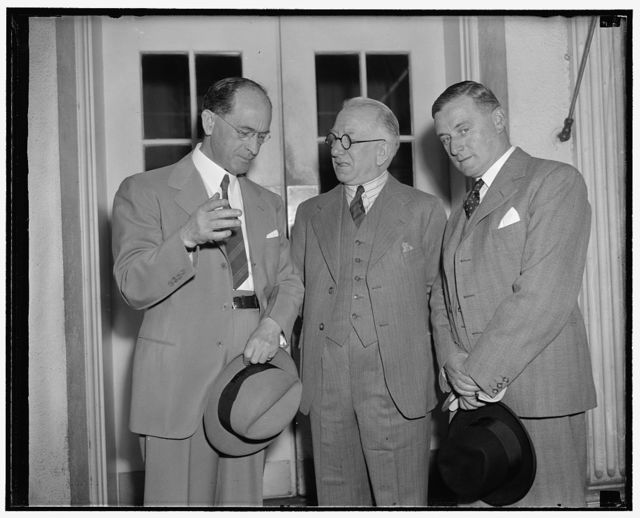 White House callers. Washington, D.C., May 17. Sean T. O'Kelly, center, deputy head of the Irish Pavilion at the New York World's Fair, was presented to President Roosevelt today by Robert Brennan, left, Irish free state Minister to the U.S. On the right is John J. Hearne, advisor of Department of External Affairs of Irish free state