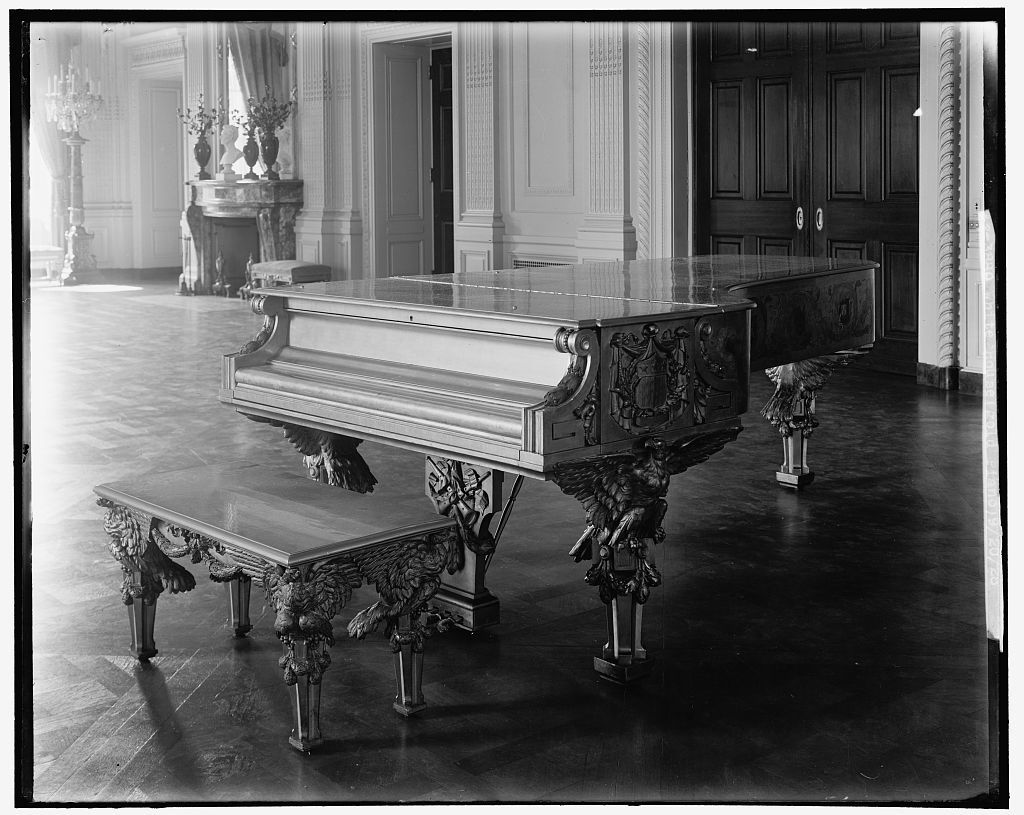 White House (gold piano), 9/20/28