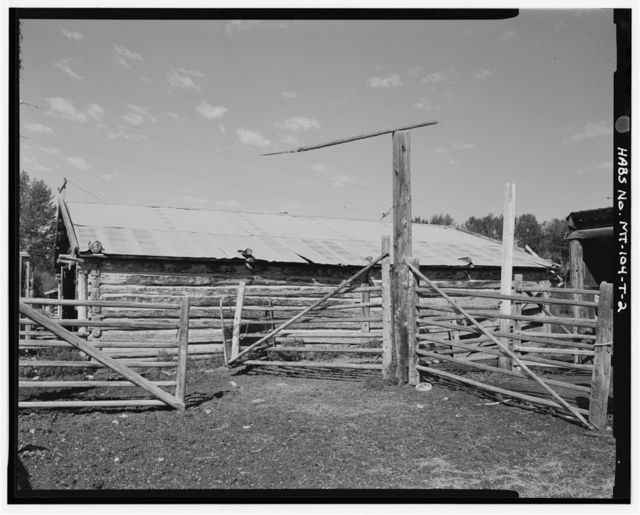 William & Lucina Bowe Ranch, Log Calving Barn, 230 feet south-southwest of House, Melrose, Silver Bow County, MT