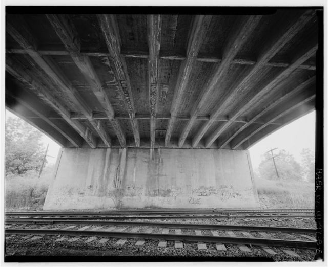 Willow Run Expressway Bridge No. R02, Spanning Conrail Railway, westbound, at US-12, Ypsilanti, Washtenaw County, MI