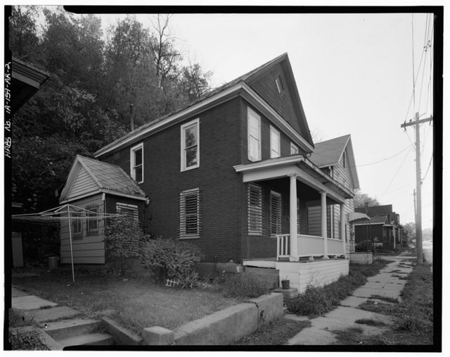 Workingmen's Houses, Ann McQueen House, 650 Dodge Street, Dubuque, Dubuque County, IA