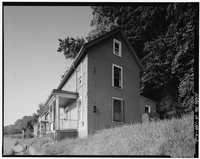 Workingmen's Houses, Bridget Mehan House, 359 South Locust Street, Dubuque, Dubuque County, IA