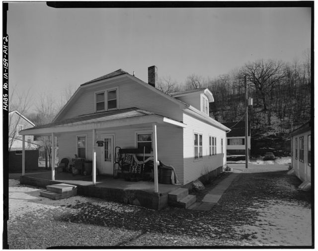 Workingmen's Houses, Phillip M. Purcell House, 393 Southern Avenue, Dubuque, Dubuque County, IA