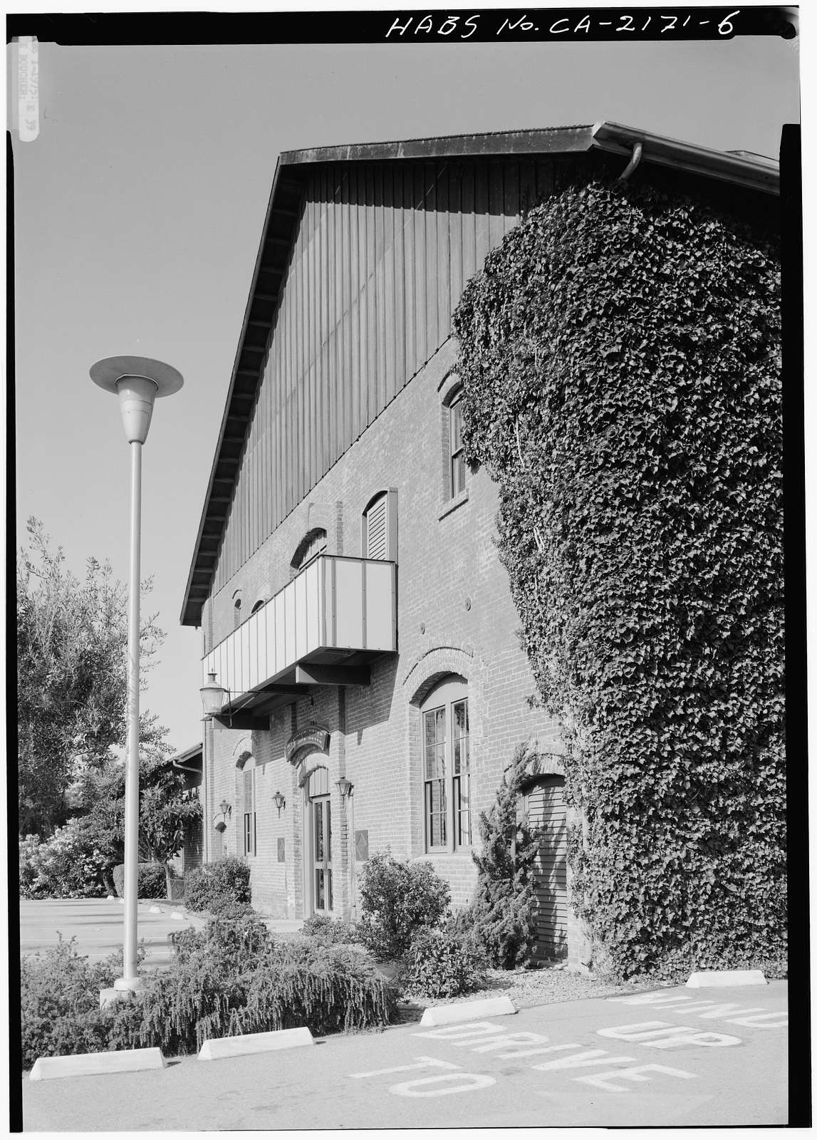 Palo Alto Winery, Welch Road at Quarry Road, Stanford, Santa Clara County, CA