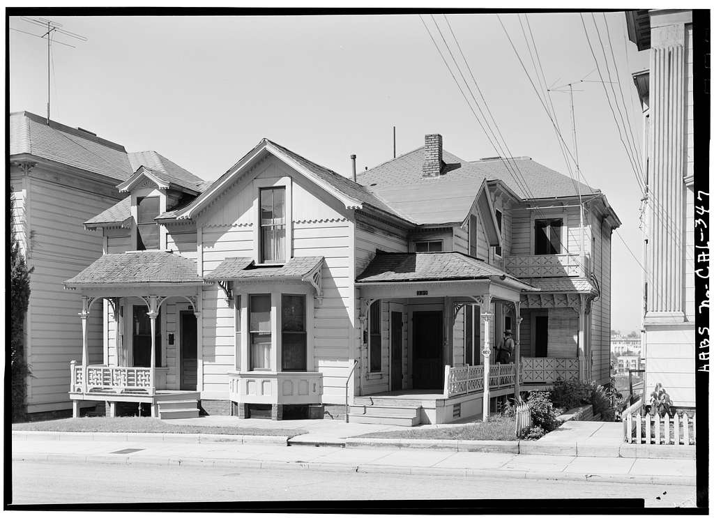 237-241 South Bunker Hill Avenue (House), Los Angeles, Los Angeles County, CA