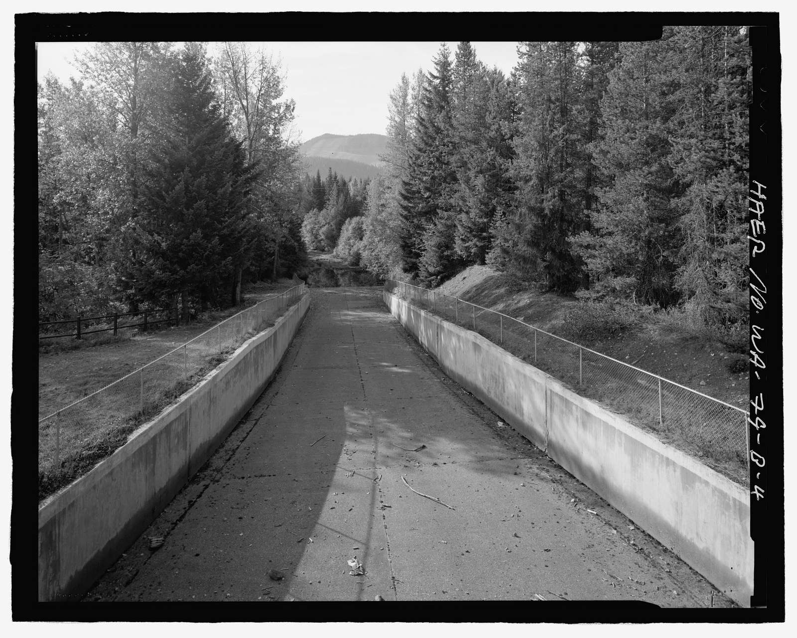 Kachess Dam, 1936 Spillway and Radial Gates, Kachess River, 1.5 miles north of Interstate 90, Easton, Kittitas County, WA