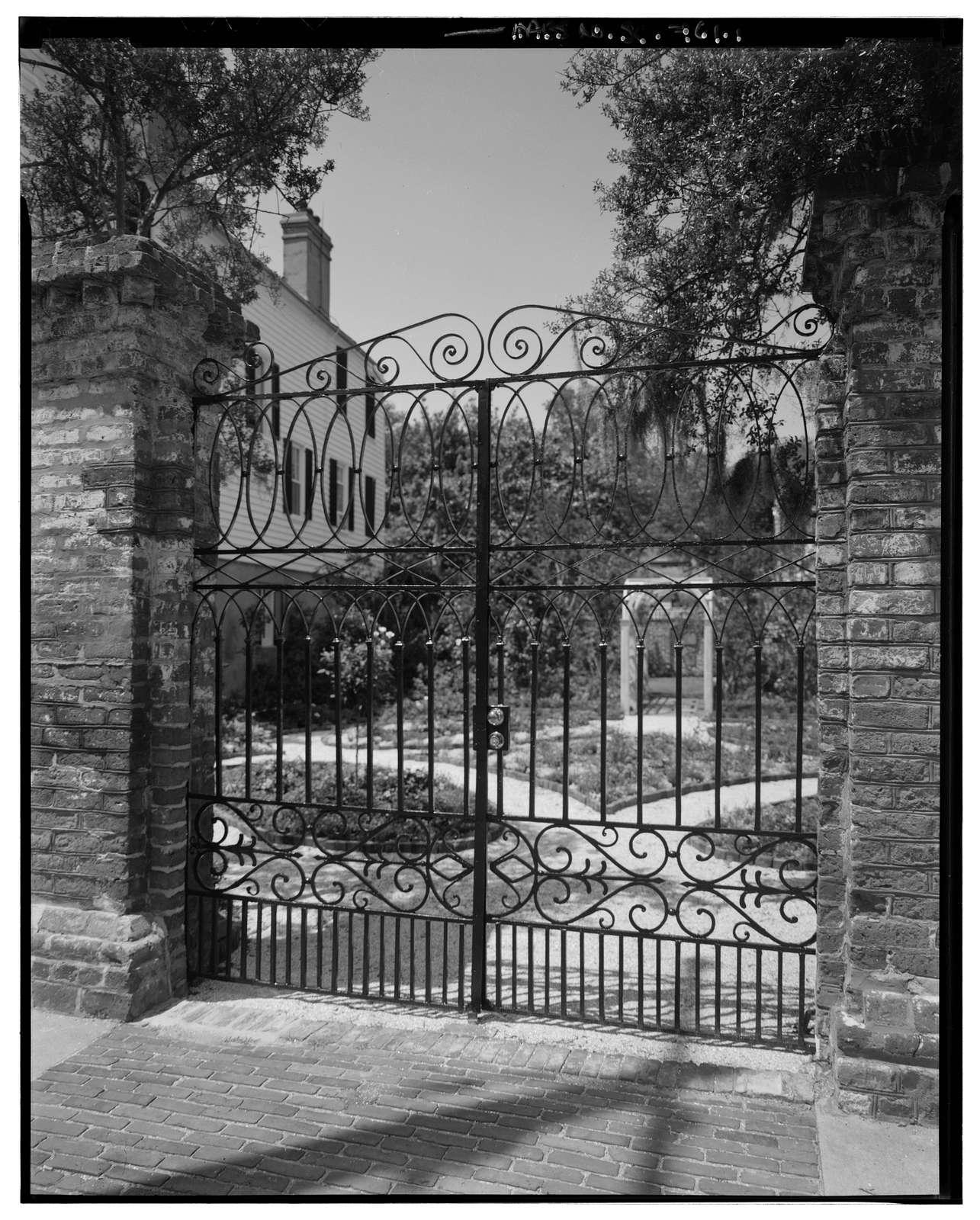 58 South Battery (Gate), Charleston, Charleston County, SC