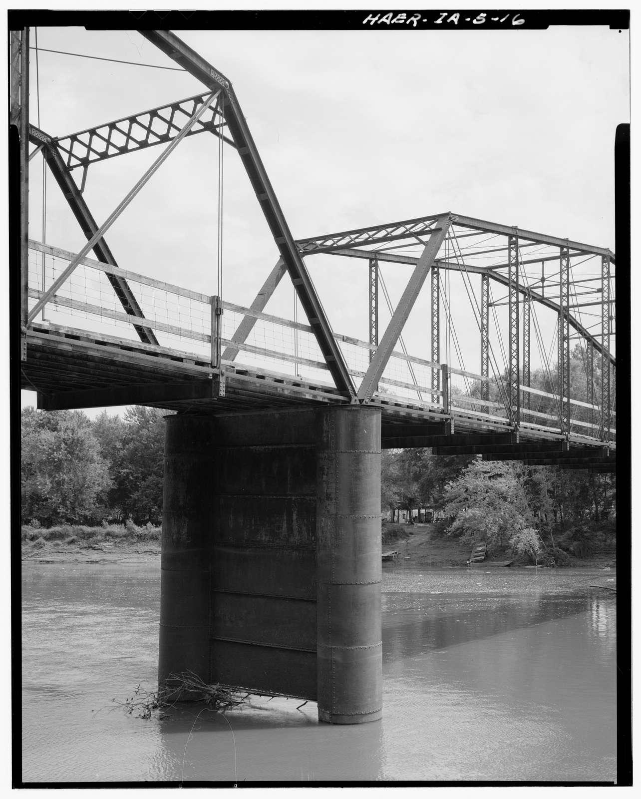 Boyleston Bridge, Spanning Skunk River, Lowell, Henry County, IA