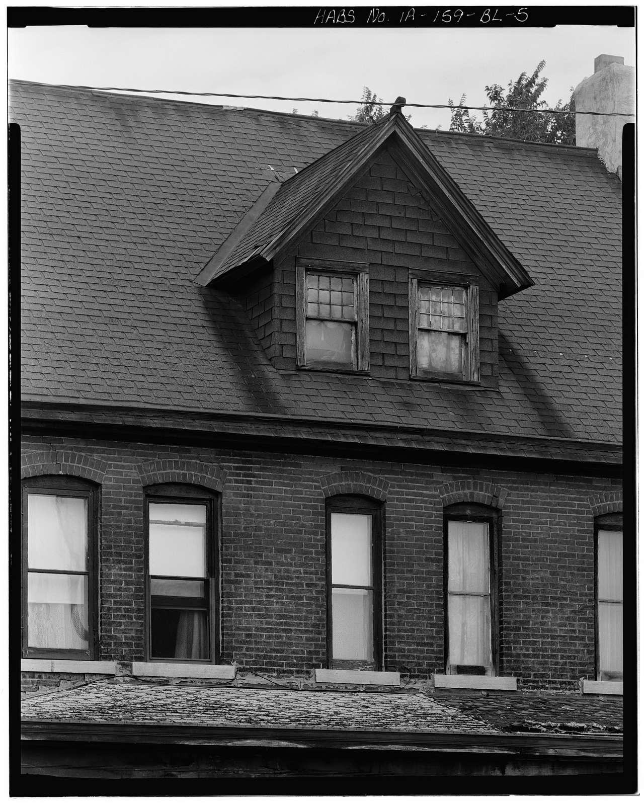 Workingmen's Houses, 37-39 Locust Street, Dubuque, Dubuque County, IA