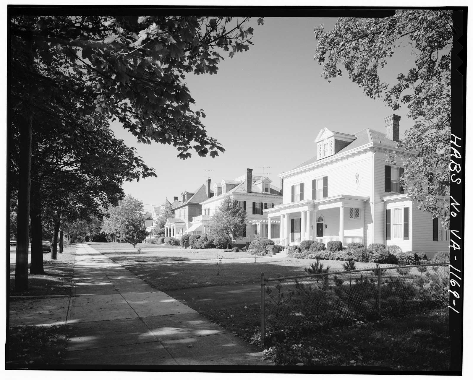 1500 Block Rivermont Avenue (Houses), Lynchburg, Lynchburg, VA
