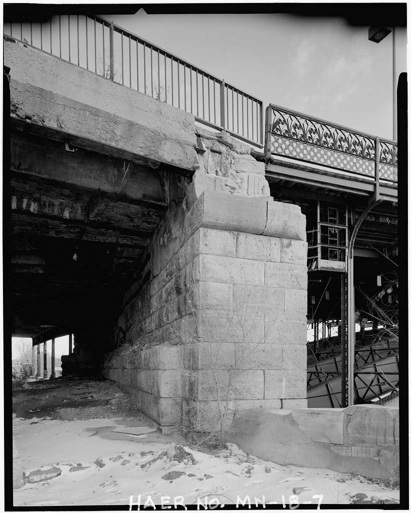 Steel Arch Bridge, Hennepin Avenue spanning west channel of Mississippi River, Minneapolis, Hennepin County, MN