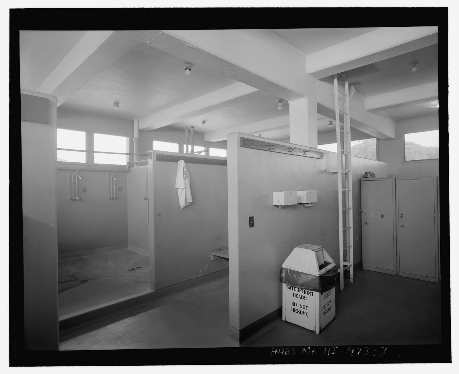 U.S. Naval Base, Pearl Harbor, Dry Dock No. 4, Latrine, Intersection of Avenue I & Third Street, Pearl City, Honolulu County, HI