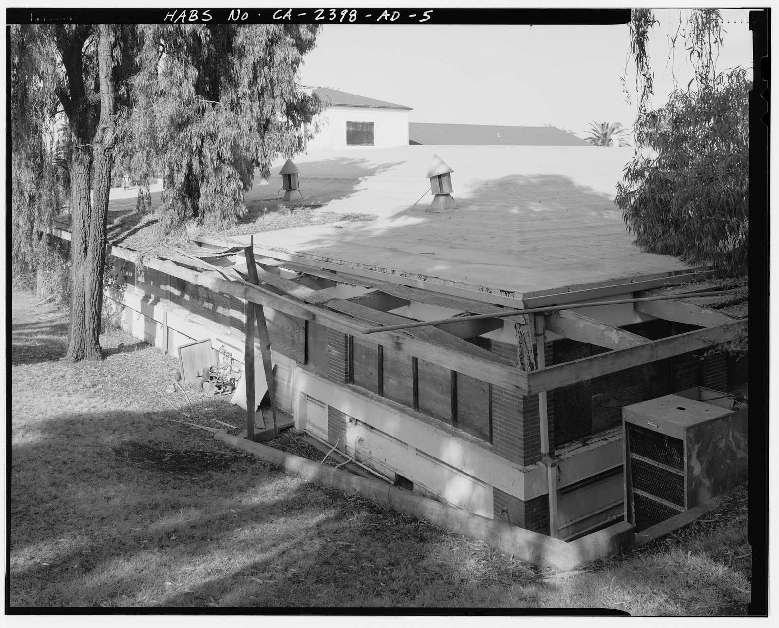 Hamilton Field, Non-Commissioned Officers' Club, Intersection of Palm Avenue & North Oakland Drive, Novato, Marin County, CA