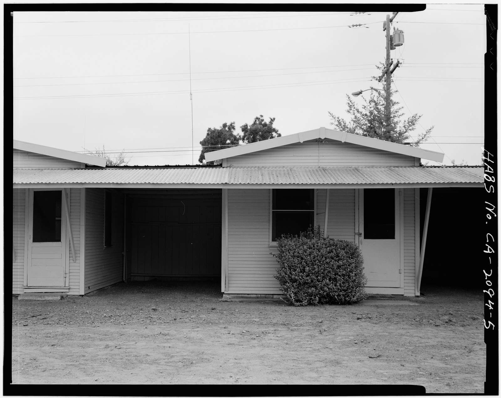 Lilly's Auto Camp, 8877 Monterey Highway, Gilroy, Santa Clara County, CA