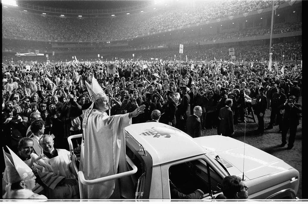 Pope John Paul II visit to U.S. / [TOH].