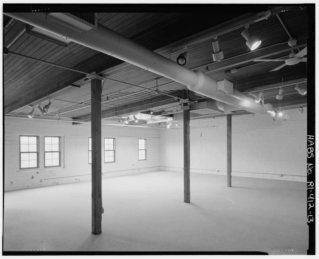 Terminal Building, 184 Kinsley Avenue & 11-25 Terminal Way, Providence, Providence County, RI