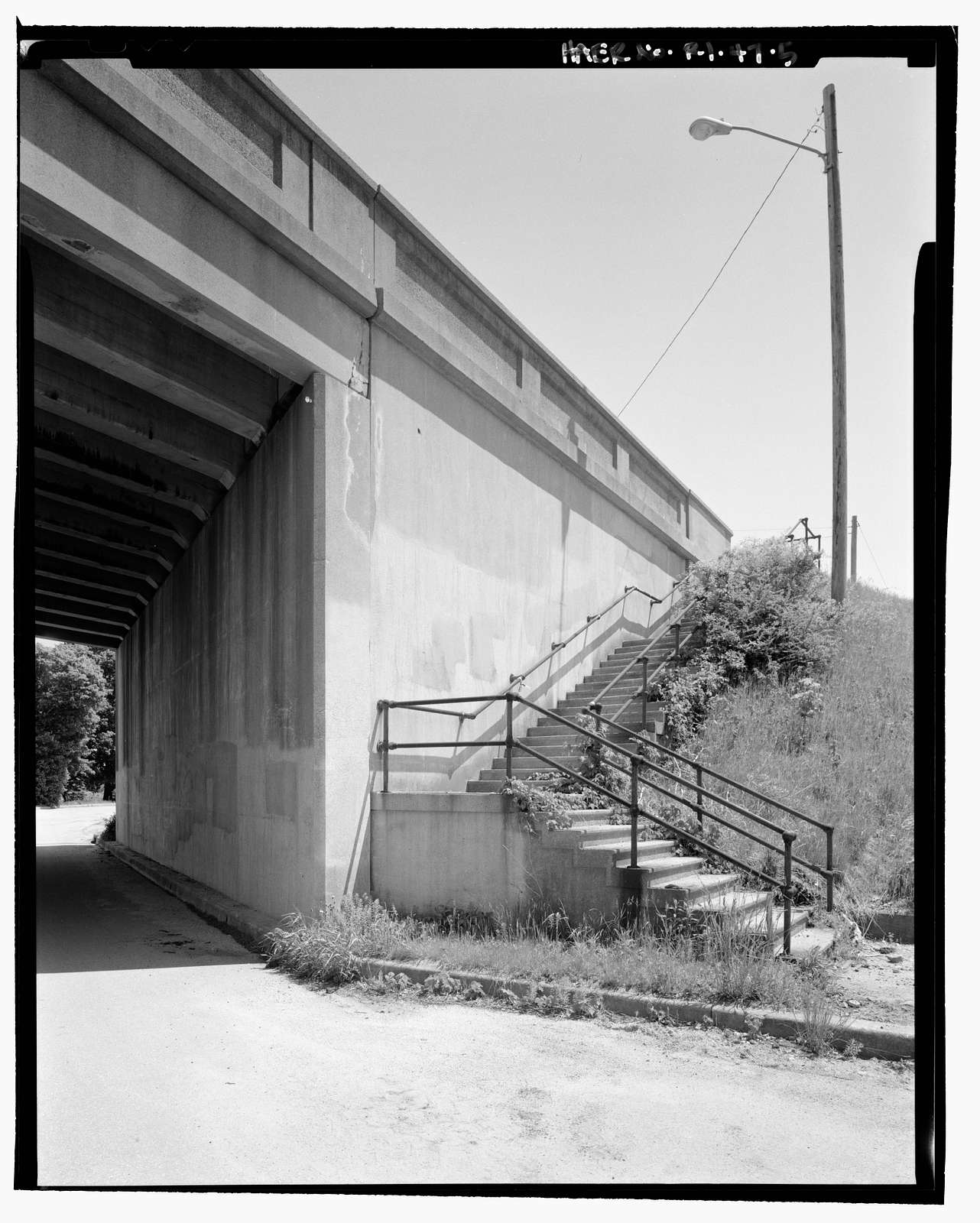 Main Street Bridge, Main Street (State Route 138) over New Haven Railroad, West Kingston, Washington County, RI