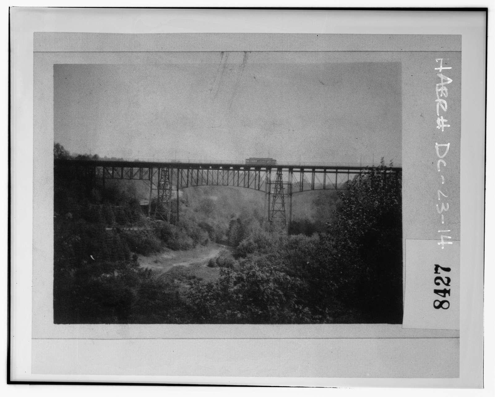 Calvert Street Bridge, Spanning Rock Creek & Potomac Parkway, Washington, District of Columbia, DC