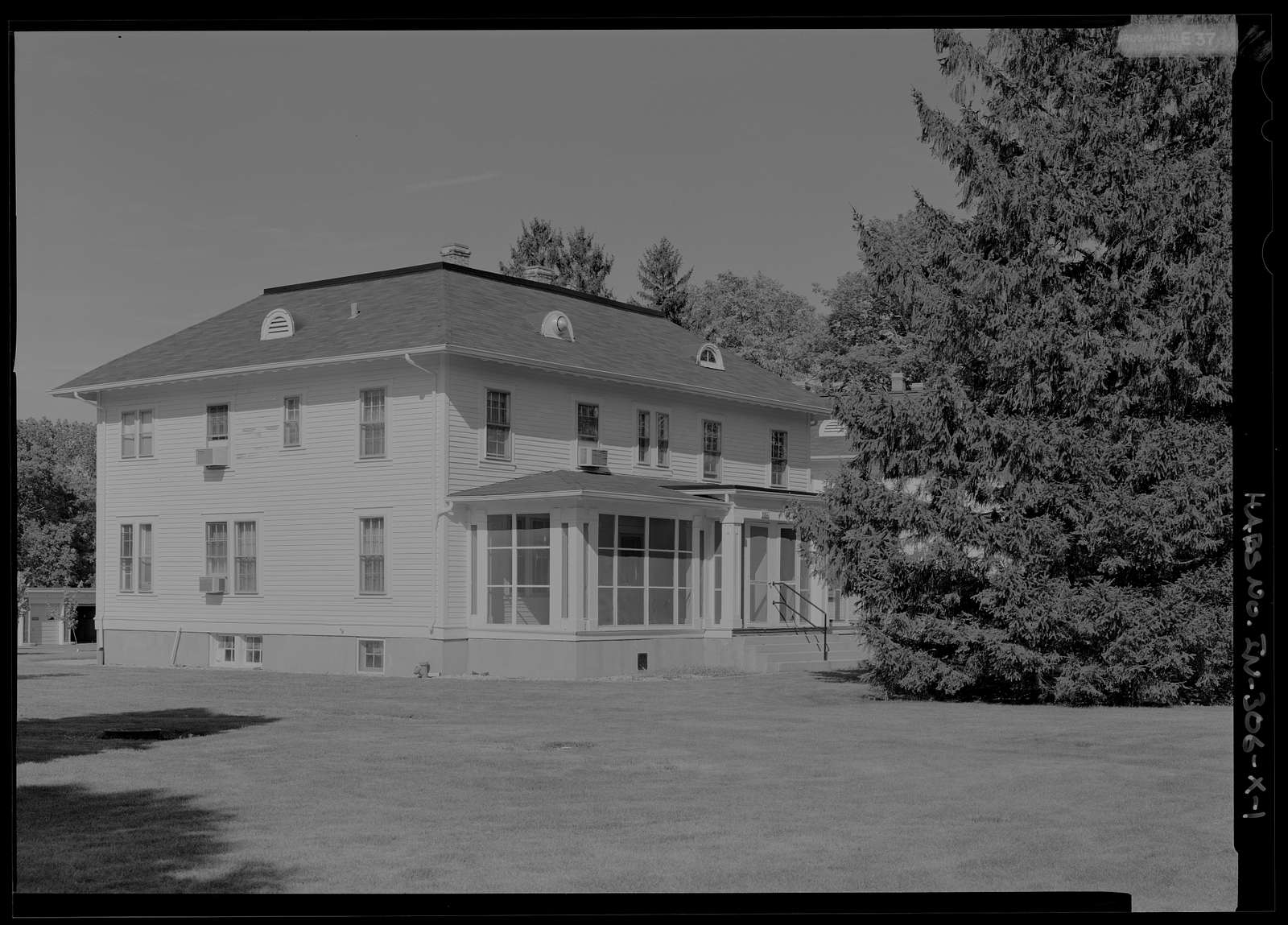 National Home for Disabled Volunteer Soldiers, Marion Branch, Building No. 28, 1700 East 38th Street, Marion, Grant County, IN