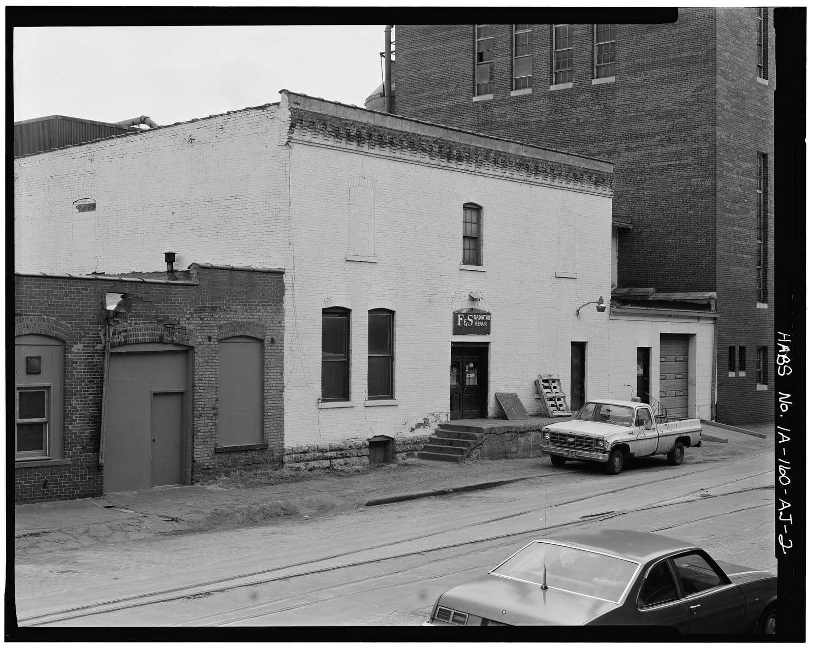 Commercial & Industrial Buildings, Wieneke-Hoerr Company Factory, 850 Jackson Street, Dubuque, Dubuque County, IA