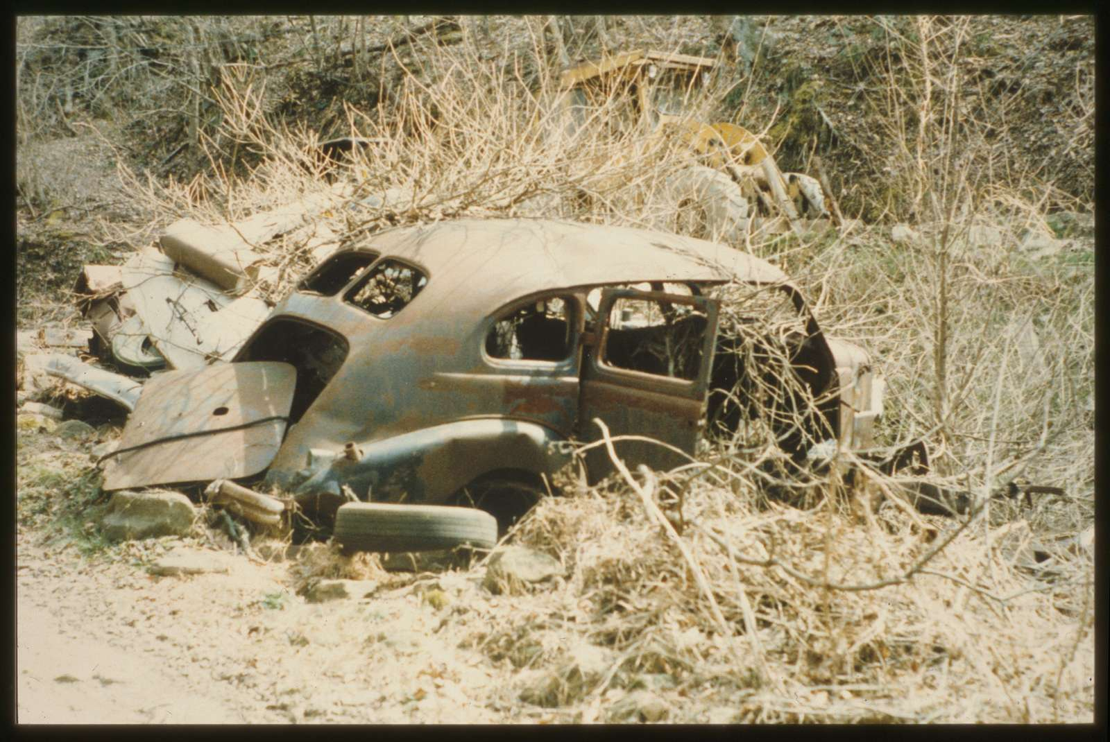 Leewin Richmond's '37 Buick, on Shumate's Branch