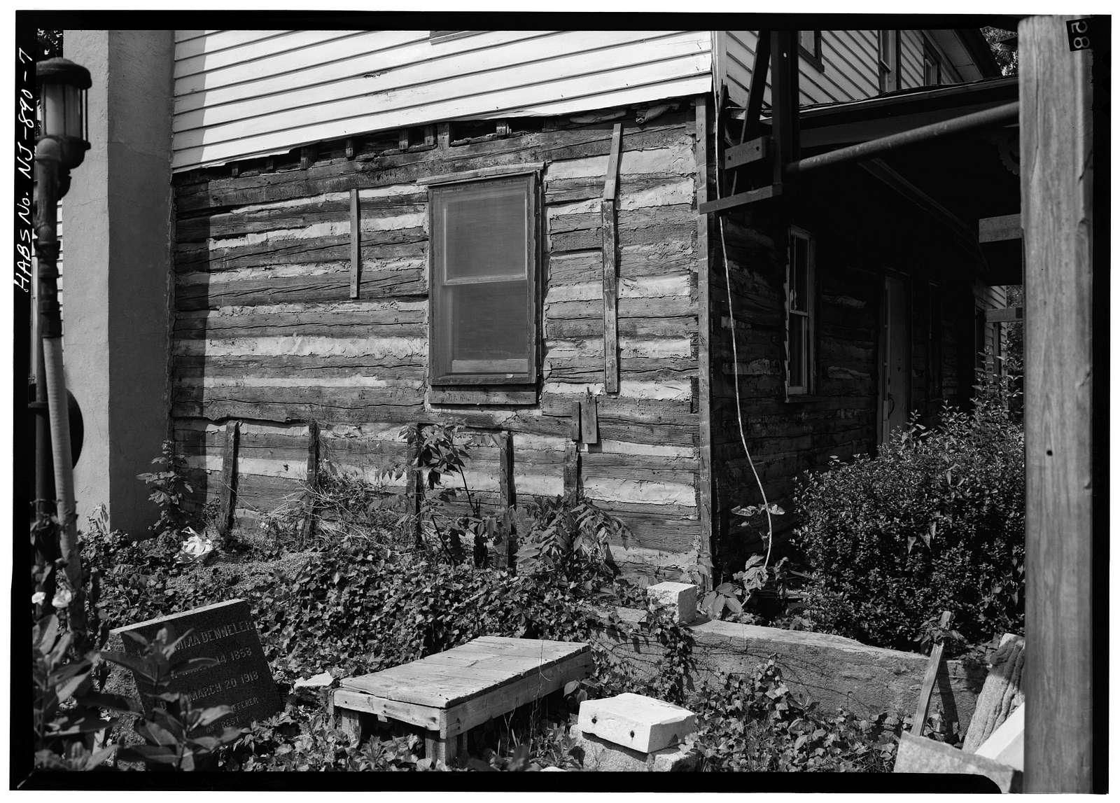 Shinn-Curtis Log Cabin, 23 Washington Street (moved from Rancocas Boulevard), Mount Holly, Burlington County, NJ