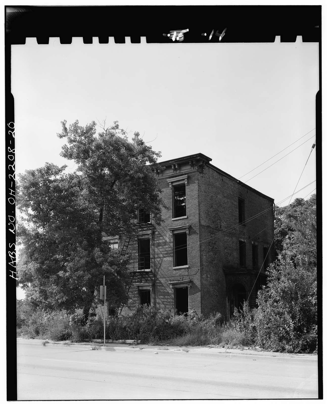 Eighth Street District, West Eighth, John & West Seventh Streets, Cincinnati, Hamilton County, OH