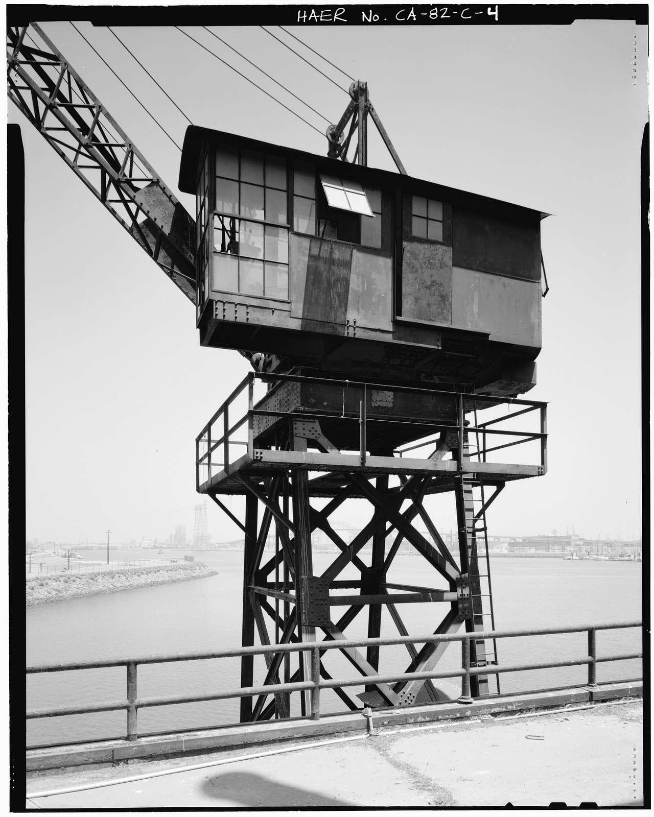 Ford Motor Company Long Beach Assembly Plant, Crane, 700 Henry Ford Avenue, Long Beach, Los Angeles County, CA