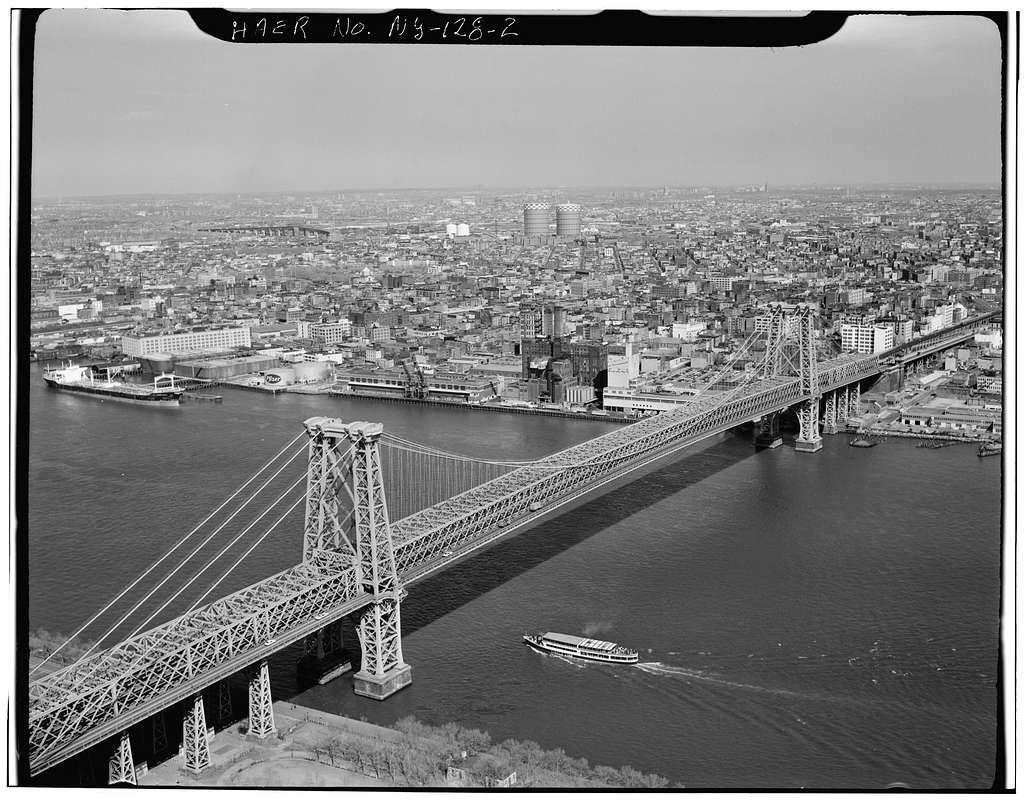 Williamsburg Bridge, Spanning East River at South Sixth Street between New York City & Brooklyn, New York, New York County, NY