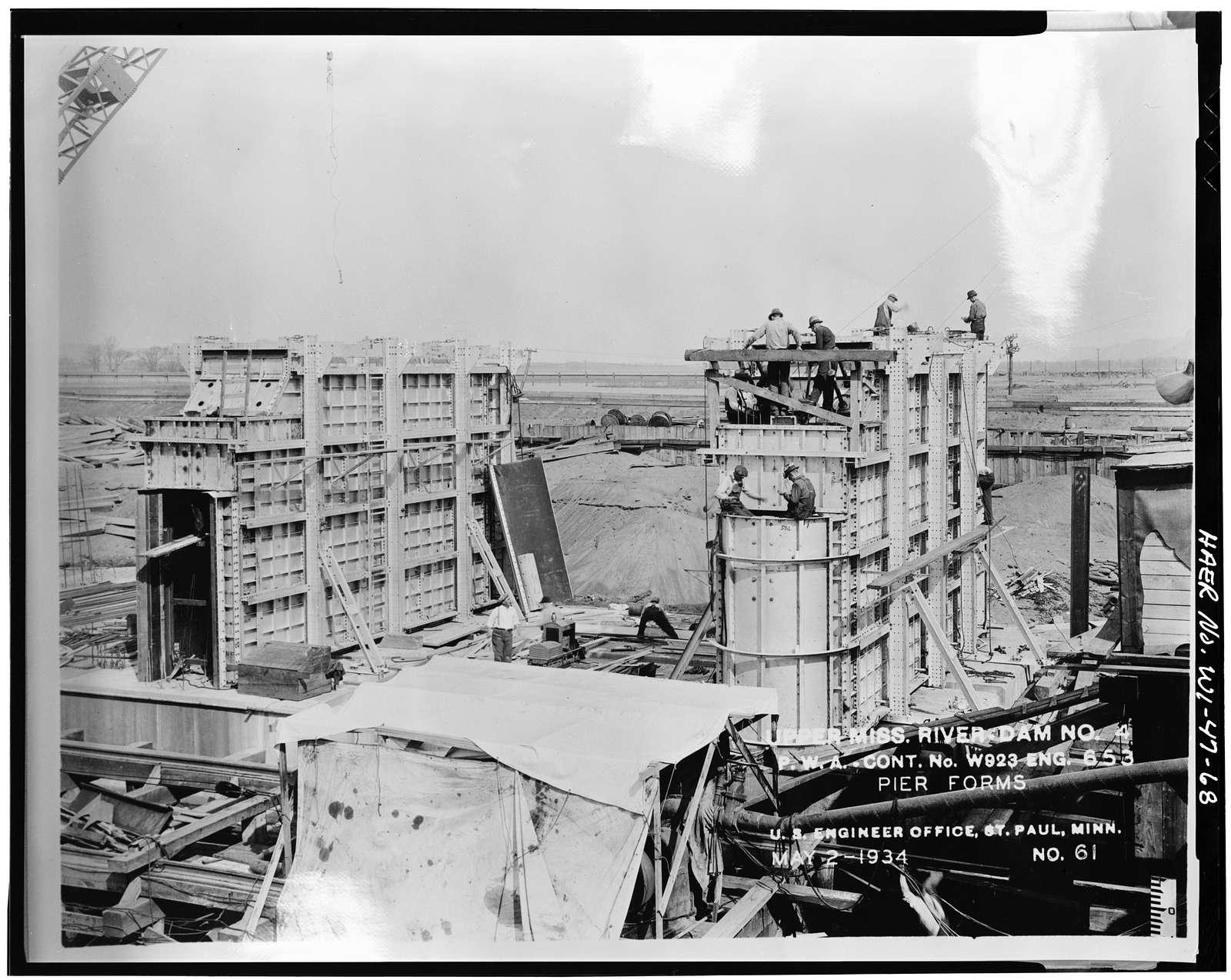 Upper Mississippi River 9-Foot Channel, Lock & Dam No. 4, Alma, Buffalo County, WI