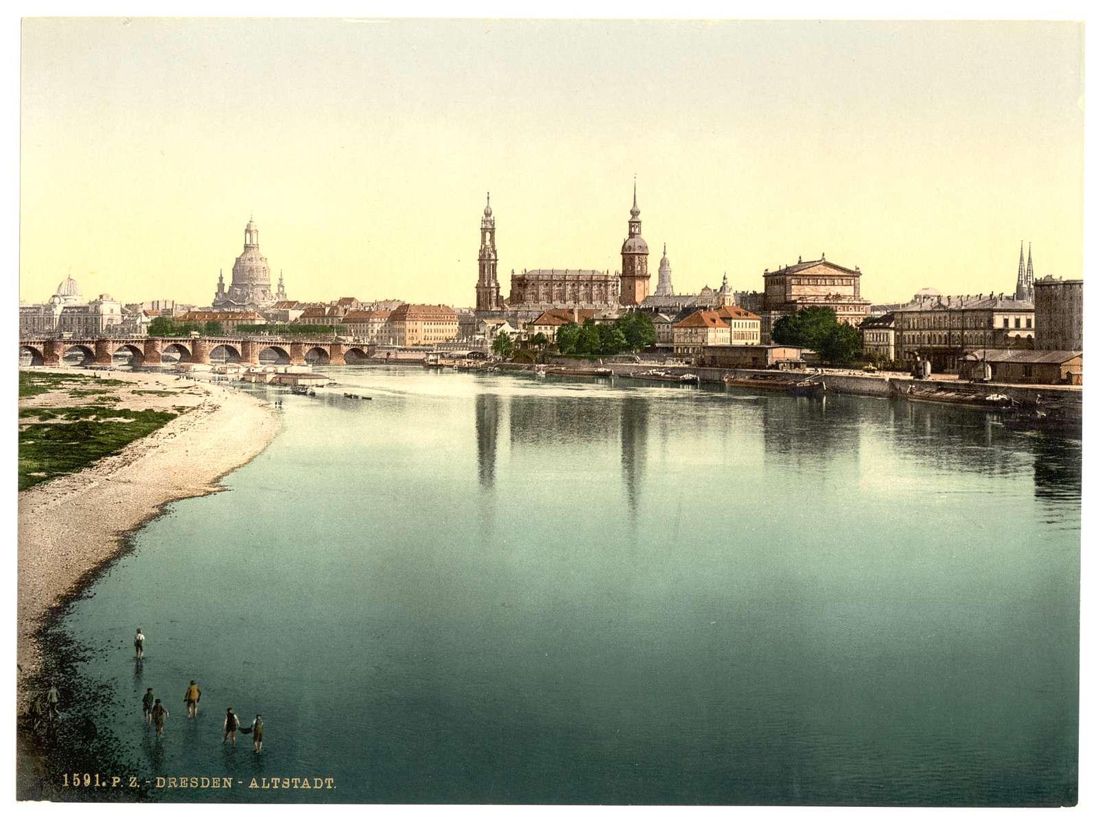 [Altstadt, Dresden, seen from the Marienbrucke, Saxony, Germany]