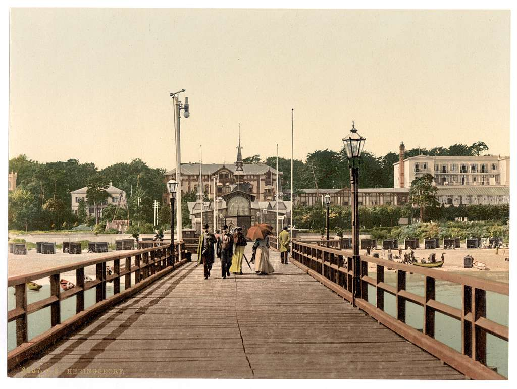 [From the bridge, Heringsdorf (i.e., Seebad Heringsdorf), Pomerania, Germany]